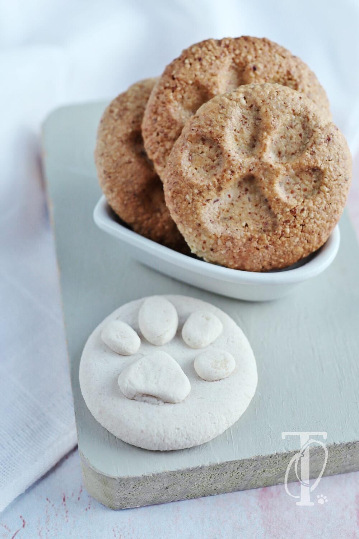 Einen DIY Keksstempel aus Salzteig basteln