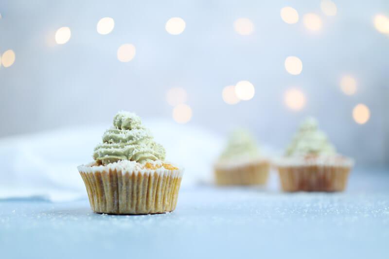 Winterliche Tannenbaum-Muffins - Rezept für Hunde