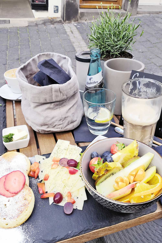 Leckeres Frühstück in Marburg - Café Großartig